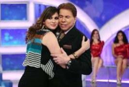 """Silvio Santos é """"inacessível"""", revela Lívia Andrade"""