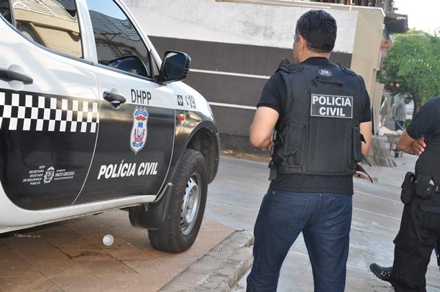Ex-namorado mata mulher degolada e esfaqueia atual namorado em Mato Grosso
