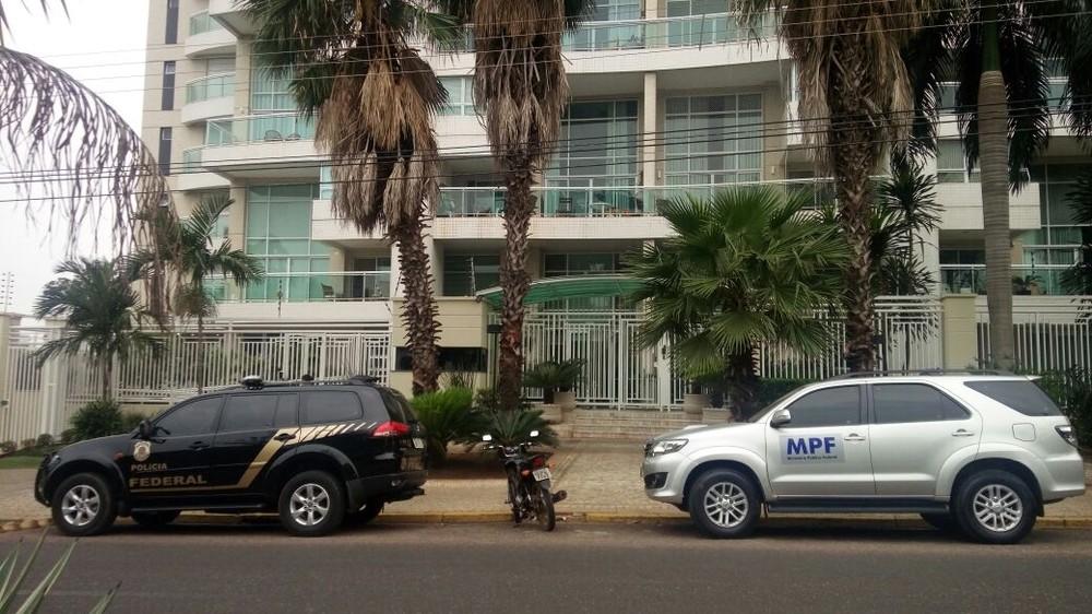 PF faz busca e apreensão em escritórios de advogados em Cuiabá