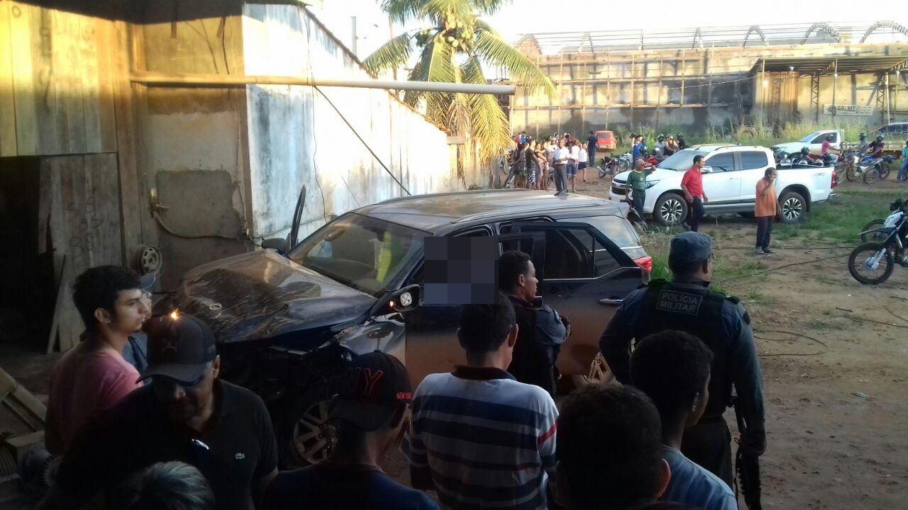 Prefeito de Colniza é executado a tiros dentro do carro — IMAGENS FORTES
