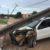 Sorriso: Sorriso: Fiat Strada  derruba dois postes e deixa bairro sem energia